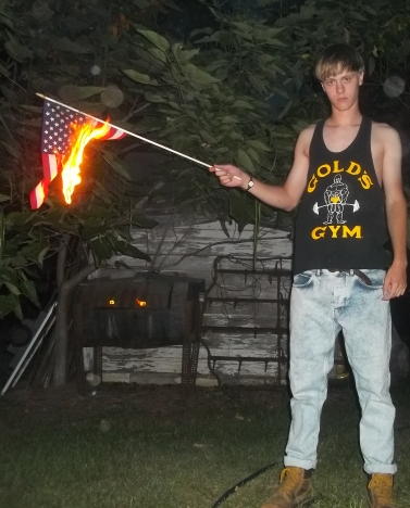 dylann-roof-american-flag100_2115